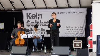 Teile der NSU-Monologe werden aufgeführt.